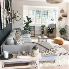 30 What is so fascinating about small apartment living room decor ideas and reno . - Fitness GYM 30 What is so fascinating about small apartment living room decor ideas and reno . Small Apartment Living, Small Living Rooms, Home And Living, Small Apartment Decorating, Cozy Living, Simple Living, Living Room Decorating Ideas, Home Ideas Decoration, Living Room Ideas House