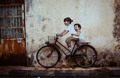 new wall pictures in Malaysia by painter and street artist Ernest Zacharevic