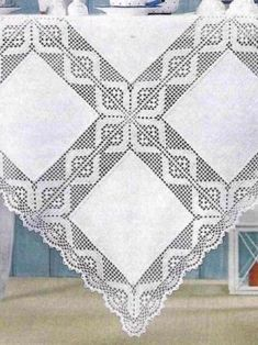 Elegant Filet Crochet Tablecloth For Crochet Bedspread Pattern, Floral Bedspread, Crochet Doily Diagram, Crochet Stitches Patterns, Crochet Motif, Crochet Doilies, Crochet Jumper, Crochet Diy, Thread Crochet
