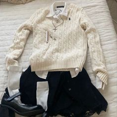 Old Money, Character Aesthetic, Aesthetic Clothes, Pretty Outfits, Nice Dresses, What To Wear, Style Me, Pullover, Men Sweater