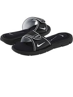dcffe446e4e4c8 Slaps. Thats what they call them in prison. Nike Slippers