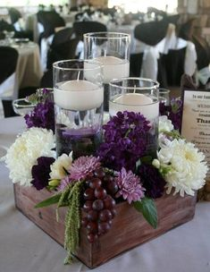 Centerpieces in wooden bowls