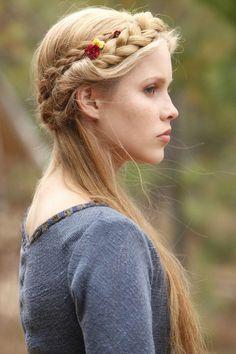 Half-up braided crown