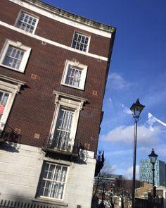 #blueskies #tasteofspring #London #architecture #feelinggood