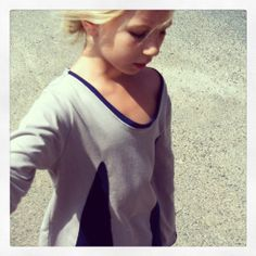 EcoFashion stylish and comfortable: Bio -Grau/Blaues Shirt  von GinkgoLife auf DaWanda.com