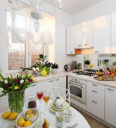 36 Small Apartment Kitchen Decorating Ideas - Art and Decoration Layout Design, Design Ideas, Small Kitchen Ideas On A Budget, Small Apartment Kitchen, Kitchen Decor Themes, Decorating Kitchen, Diy Apartment Decor, Beautiful Kitchens, Kitchen Interior