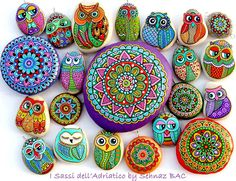 Artist : paintedstones to my Etsy shop where you can find most of the owls, birds and pendants i have made recently. www.isassidelladriatico.etsy.com