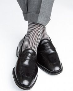 Mens formal dress socks with black and grey houndstooth pattern - Dapper Classics