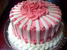 Cake Icing Tips, Cake Decorating Frosting, Cake Decorating Designs, Cake Decorating Videos, Buttercream Cake, Fondant Cakes, Cake Designs, Cupcake Cakes, Elegant Cake Design
