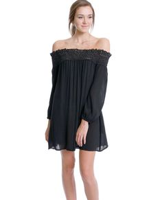 +Non-stretchy sheer black crinkled gauze off-shoulder long sleeves dress features smocked crochet lace contrasted neckline