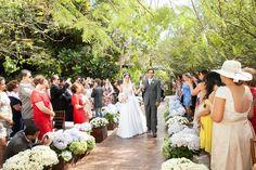 Entrada da noiva - Casamento Rafaela Dias e Victor Benevuto