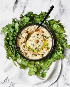 Hummus fresh goat cheese and cilantro for 4 people - Recipes Elle à Table . Veggie Recipes, Healthy Recipes, Beef Recipes, Easy Recipes, Chicken Recipes, Healthy Food, Dinner Recipes, No Cook Meals, Cilantro