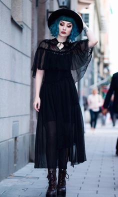f60bd886027 Roupa de estilo de bruxa por faeteeth Kleidung