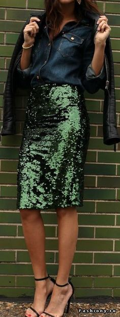 Love this emerald colored sequin skirt!