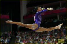 gymnastics pictures   Women's Gymnastics Team Lead Qualifying Round at Olympics   gymnastics ...