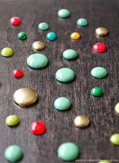 Different Ways to Make Enamel Dots @ mintedstrawberry.blogspot.com #scrapbooking #cardmaking #embellishment