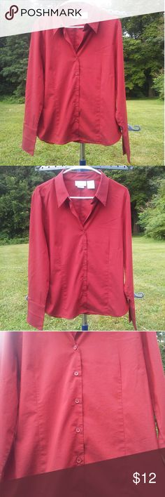Worthington Stretch Fiery Red Button Down Shirt Worthington Stretch Fiery Red Collard Shirt  -the color is way better in person! -62% Cotton/ 33% Polyester/ 5% Spandex  -Made in Indonesia  -gently used Tops Button Down Shirts