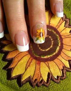 awesome sun my flowers by aliciarock from Nail Art Gallery