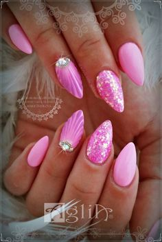 Add some inspiration from under the sea to your next manicure with mermaid nails. Take a peek at some of our favorite mermaid nail art designs. Pink Nail Designs, Gel Designs, Acrylic Nail Designs, Acrylic Nails, Nails Design, Sparkle Nails, Pink Nails, My Nails, Polish Nails