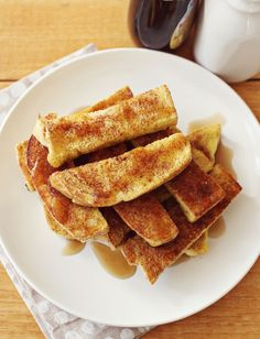 The best french toast sticks. I will have to try these for Maddie, she loves french toast sticks! Best French Toast, French Toast Sticks, French Toast Bake, Heirloom Tomato Tart, Brunch, I Love Food, Food Inspiration, Breakfast Recipes, Breakfast Ideas