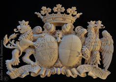 Escudo de armas familiar, tallado a mano | Escudo de armas en madera tallada | HERALDICA TALLADA EN MADERA | ESCUDOS DE APELLIDOS TALLADOS EN MADERA | escudos heraldicos tallados en madera |