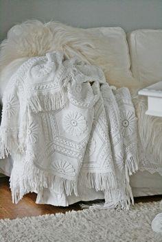 <3 I LOVE this blanket...