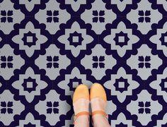 Zelfklevende tegels met een mooi Marokkaans patroon, nu dus ook in vinyl! Price €21,95