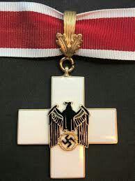 Ehrenzeichen für deutsche Volkspflege 1. Stufe 1939 Military Signs, Medal Ribbon, German Army, Ribbons, Wwii, Badge, Awards, Germany, Medical