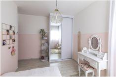 חדר לילדה בגוונים של אפרסק ונגיעות קש וזהב חדר קסום ומפנק
