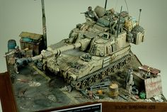 """The Desert Hulk 2.0"" 1/35 scale. By Volker Bembennek. US M109A6 ""Paladin"" 155mm SPG. Near Baghdad Iraq 2003 #diorama"