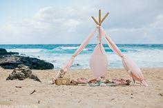 Hawaii Wedding Photography : Oahu Destination Wedding Photographer : Rachel + Nick | REBECCA ARTHURS