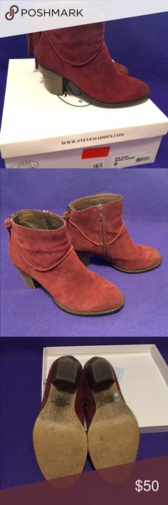 Steve Madden Booties 6 Steve Madden Milaan Burgundy Suede Booties size 6. Fake back zipper, real inner side zipper. Block 3 inch heel. Worn twice, excellent condition! Comes in original box! Steve Madden Shoes Ankle Boots & Booties