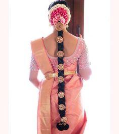 ✔ Hair Bun For Saree South Indian Bride – Bun Hairstyles South Indian Wedding Hairstyles, Bridal Hairstyle Indian Wedding, Bridal Hair Buns, Bridal Braids, Bridal Hairdo, Indian Hairstyles, Wedding Updo, Black Women Hairstyles, Wedding Make Up