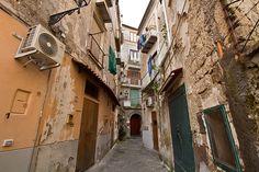PHOTO: Back Streets of Sorrento, Italy http://holeinthedonut.com/2014/07/01/photo-streets-of-sorrento-italy/