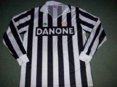 d8fdd23cb Juventus Classic Football Shirts Vintage Retro Old Soccer Jerseys Online  Store