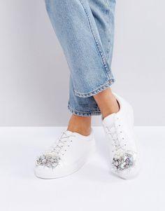 Pimp deine Sneaker mit Glitzersteinen l DIY Mode Idee l Schuhe verschönern l Embellished Sneakers