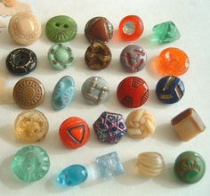 25 Fancy Diminutive Small Vintage Art Deco-Depression Glass Buttons