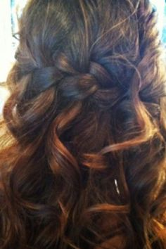 Half Braided hair style for long hair- wonderful for a wedding hairstyle of just cause you wanna look goregous! plz repin, like or follow!