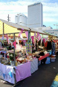 Swan Market Madelief