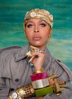 """""""I'm My Own Audience"""": Erykah Badu on the Joy in Dressing for Yourself Dress For You, Beautiful Black Women, Beautiful People, Vogue, Afro Punk, Elle Fanning, Glamour, Brown Skin, Black Girl Magic"""