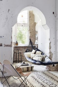 Interior Design: Weekend Dreaming 22 Amazing Relaxing Spaces Boho Home :: Beach Boho Chic :: Living Space Dream Home :: Interior + Outdoor :: Decor + Design :: Free your Wild :: See more Bohemian Home Style Inspiration Home Interior, Interior And Exterior, Interior Decorating, Ibiza Style Interior, Bohemian Decorating, Interior Logo, Simple Interior, Bohemian Design, Farmhouse Interior