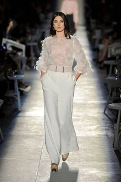 Chanel Fall 2012 Couture Runway - Chanel Haute Couture Collection - ELLE