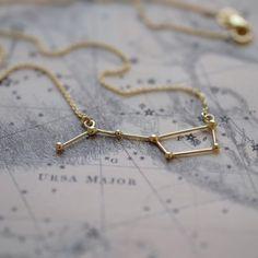 handmade jewelry that tells a story // jojotastic.com