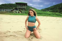 Maíra Charken desfruta da coleção Barões do Império no ensaio fotográfico feito para CARAS Brasil no litoral Catarinense. #karlavivianbeachbrazil #kvbb #barõesdoimpério #caras @carasbrasil @vaninhaproducao