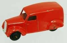 Classic vintage diecast Dinky Toys toy Delivery Van in red! £39.95