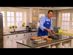 Here's a from Nilsson Nilsson Venable QVC for Cheesy Grits with Bacon. Entree Recipes, Brunch Recipes, Breakfast Dishes, Breakfast Recipes, Southern Recipes, Southern Meals, Southern Comfort, Southern Charm, David Venable