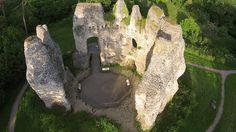 The+Ruined+Odiham+Castle+in+Hampshire,+United+Kingdom