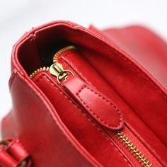 #21219TCK IDR 185.000 Size 19x9x17cm Bahan PU Leather Warna : Red Open magnet & zipper 0800gr  Ada tali panjang Shipping from Batam  Order via: BBM: 596A1F30 Line: tascantik_terbaru WA: 087822690288 Inbox FB Tascantik Terbaru  #Tasimportmurah #tasbatammurah #tasimportbatammurah #bukalapaktas #jualtasonline #onlineshop #supliertasimportmurah #tasfashionmurah