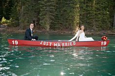 sweet idea for wedding photo on the water