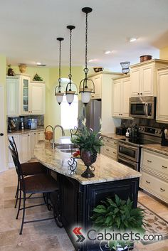a beautiful classic white kitchen cabinets shown are deerfield assembled hawthorne maple antique white traditional kitchens pinterest discount. Interior Design Ideas. Home Design Ideas